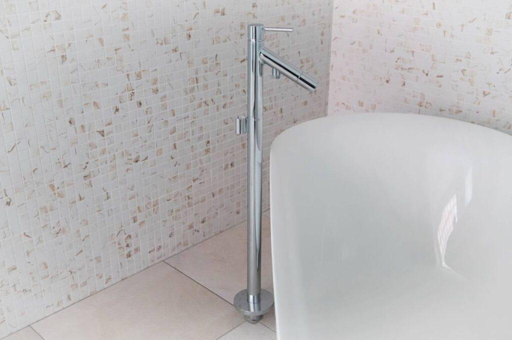 展示品 ハンスグローエ AXOR Starck フリースタンディングシングルレバー バス シャワー水栓(2019年4月買取)